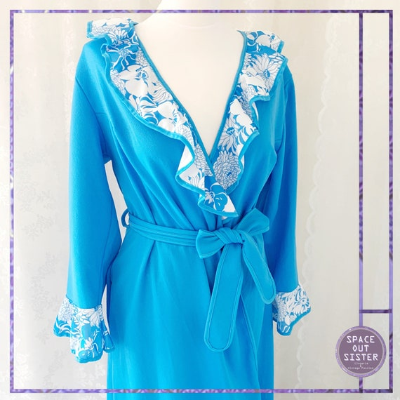 1970s Vintage Blue Lagoon Dressing Gown
