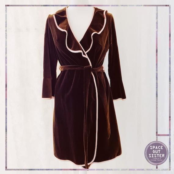 Vintage Niedleck Brillan Short Velvet Robe