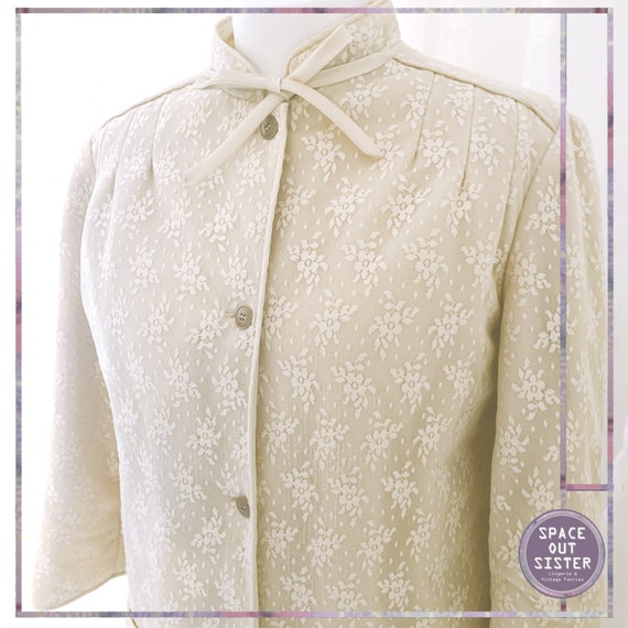 Vintage Thermal Lined Caramel Lace Dressing Gown