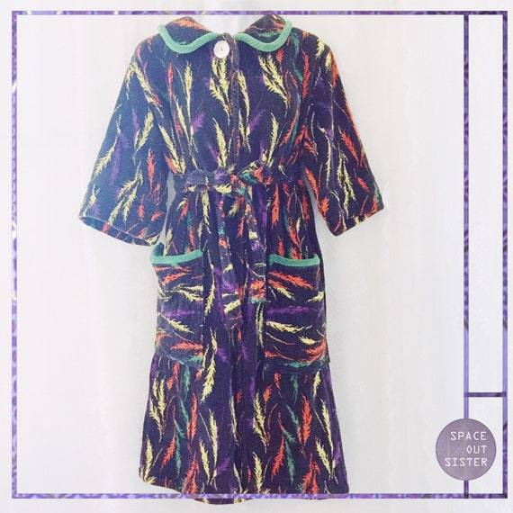 Vintage Feather Glow 80s Robe