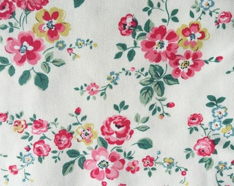 "Cath Kidston Half Yard Cotton Canvas Fabric 56"" Wide_Thorp Flowers_1 DF039 (FLAW)"