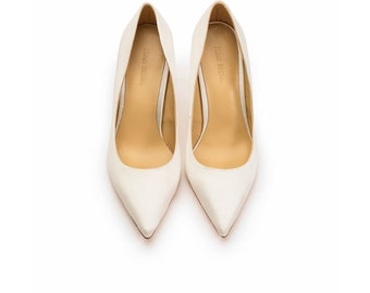 3d83c7924 The Wedding Shoes/ Bridal Shoes/ Handmade wedding and bridal Shoes /White  Silk Satin Shoes/ Low Heel Bridal Shoes/ Classic Shoes/