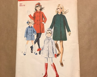 Vintage 1969 Sewing pattern - Simplicity 8484 - Children's Coat and Hood