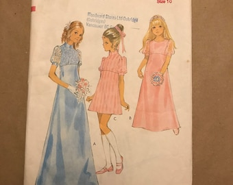 Vintage 1970 Sewing Pattern - Style 3020 - Girls Dress