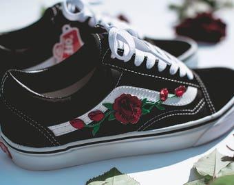 ccc8446b26 Vans Old Skool Custom Rose Patch - Unisex - Alle Größen - Sneaker Schuhe  [Stickerei Sk8 Hi Nike Air Force Lv Rosen Blumen]