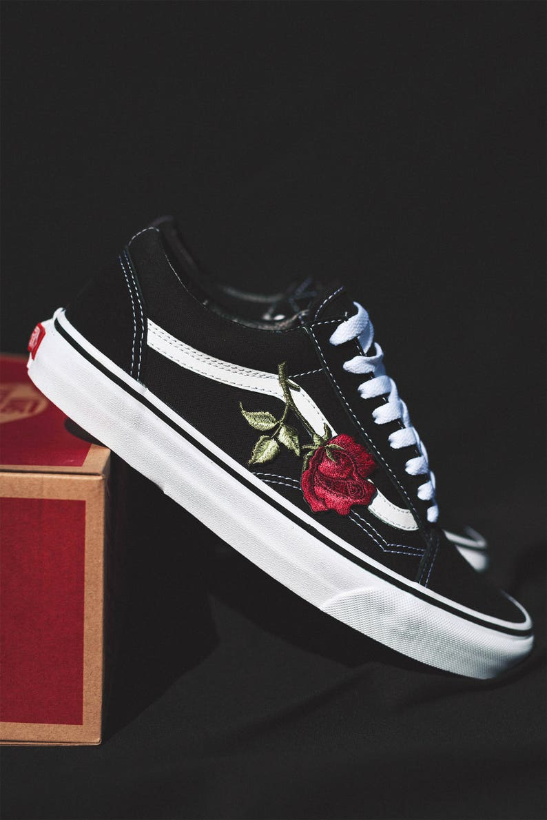 d0cdd049ef8c Vans Old Skool Custom Big  Rose Patch  EUR 34.5