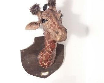 Giraffe sculpture - adopt me