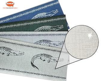 Silver Metallic - Nonwoven Border: Crocodile   Vinyl fleece border with noble metallic - effect   Base price 6.45 Euro/meter
