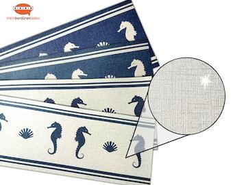Silver Metallic - Nonwoven Border: Seahorse - Shell    Vinyl fleece border with noble metallic - effect   Base price 6.45 Euro/meter