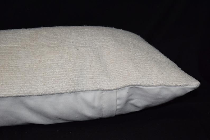 Hemp kilim pillow cover White color kilim pillow cover sofa pillow cover Bed pillow cover Handwoven pillow cover Turkish kilim pillow ag-1