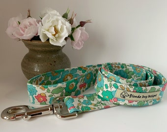 Liberty Dog Lead, Betsy Sage, Floral Dog Lead