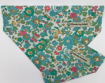 Liberty Dog Bandana, Betsy Green, Floral Neckerchief