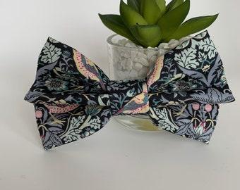 Liberty Dog Bow, Strawberry Thief Grey, Luxury Bow Tie