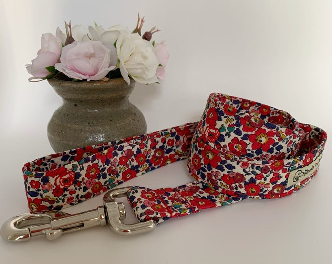 Featured listing image: Liberty Dog Lead, Betsy-Ann, Floral Dog Lead