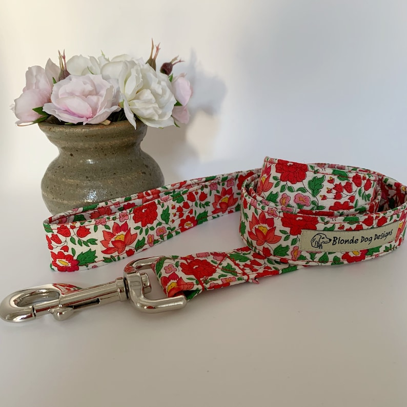 Liberty Dog Lead D'Anjo Red Floral Dog Leash image 0