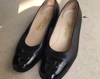 0f8f1cad25 Vintage Salvatore Ferragamo Leather shoes    Salvatore Ferragamo Leather  Flats    Patent Toe Flats    Ferragamo Shoes    Size 8