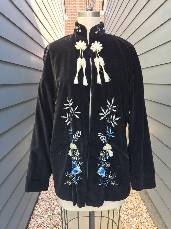 Vintage Velvet Embroidered Chinese Jacket // Velve