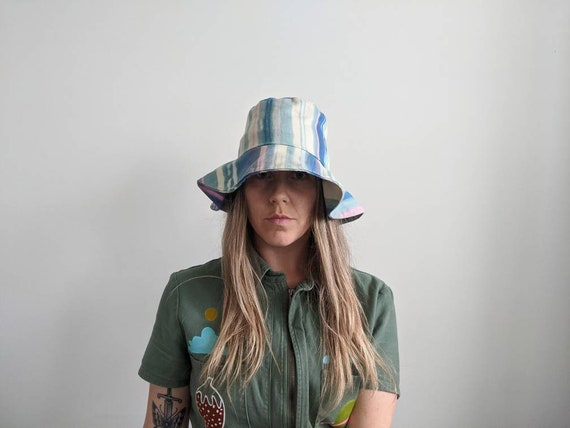 Vintage Dyed Bucket Hat // Tie dyed hat // 1970s … - image 1