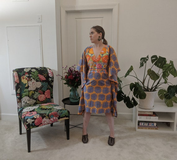 Vintage Caftan Dress // Floral Printed Dress // Co