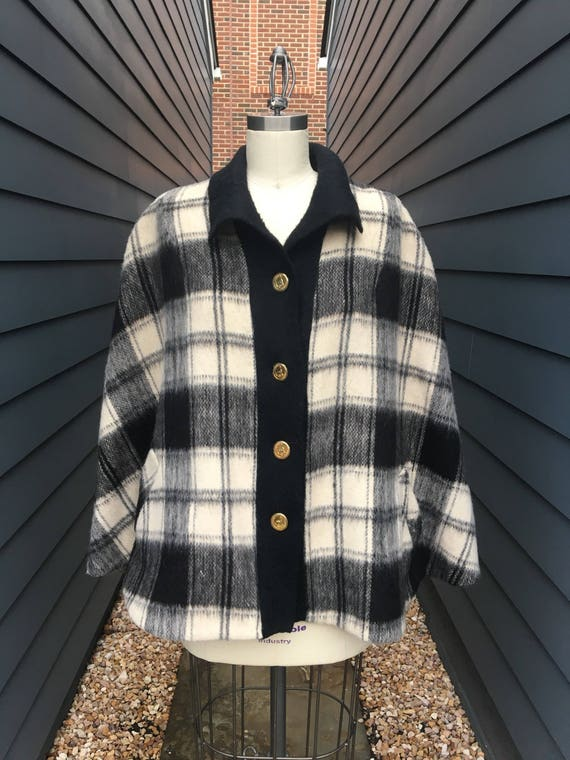 1970s Brushed Wool Cape // Plaid Cape // White and