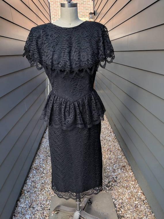 Vintage Black Lace Dress // Vintage Black Dress //