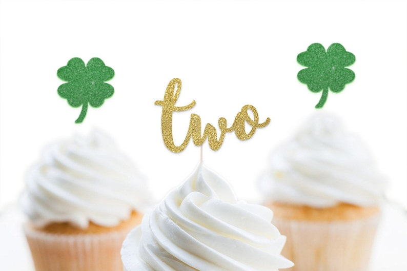 2 Cupcake Toppers Two Lucky Cupcake Toppers St Patrick/'s Day Birthday Decorations Shamrock Cupcake Toppers Two Lucky Birthday