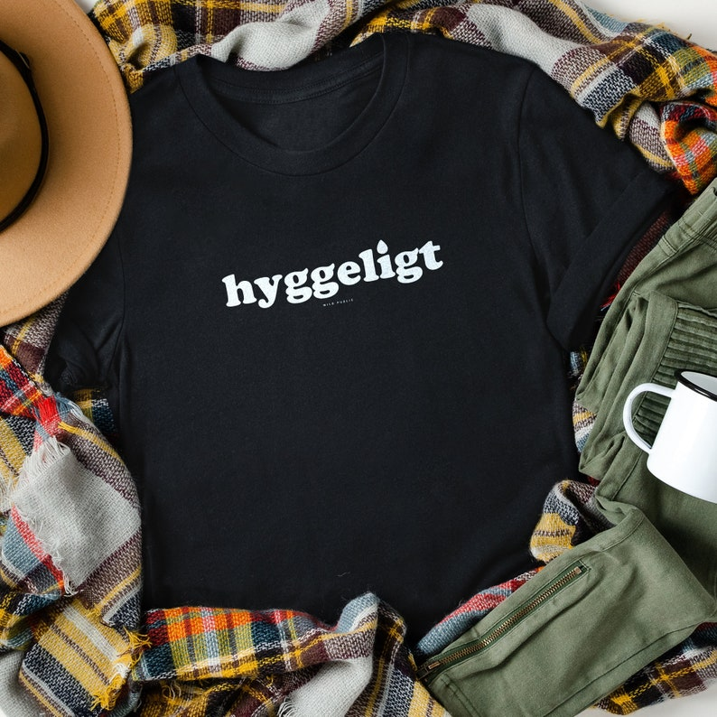Hyggeligt Graphic Tee Unisex Eco Friendly Organic Cotton Night