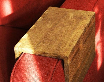 Arm Rest Sofa/Couch Table - Solid Oak - Side Table - Wooden Furniture