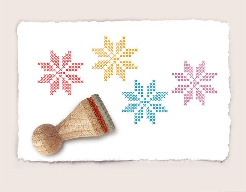 Mini rubber stamp CROSS STITCH SNOWFLAKE \u00d8 15 mm  0.59 inch