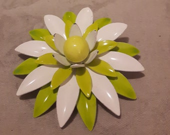 Vintage Large Enamel White and Green Flower Brooch - Boho Style - Wedding/Bridal/Prom/Birthday - 1960s