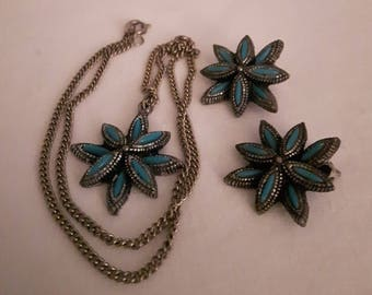 Vintage NYT Silver Tone Necklace & Earrings - Faux Turquoise - Southwest Inspired - Clip-on Earrings-1970s-Birthday/Anniversary/Mother's Day