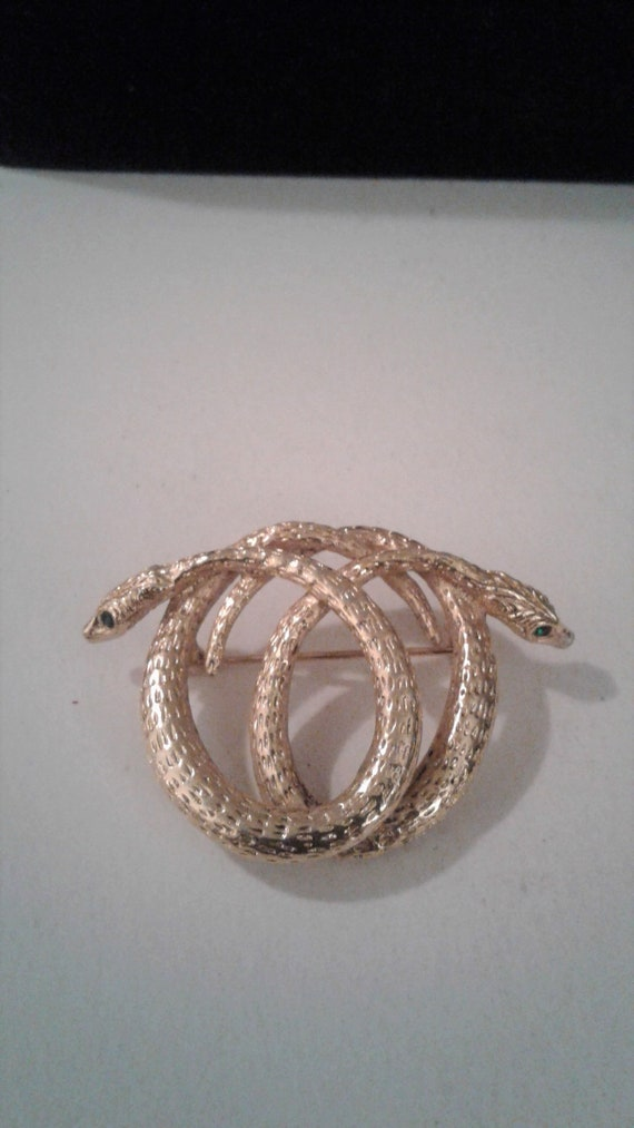 Vintage Textured Gold Tone Entwined Snake Brooch