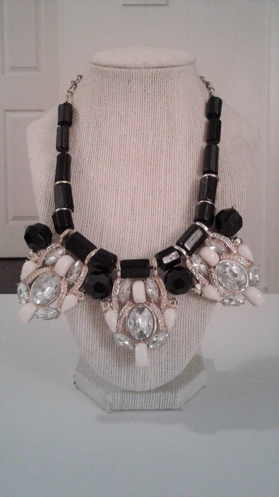 unknown age or manufacturer Clear and Black Bib Rhinestone Necklace and Earrings