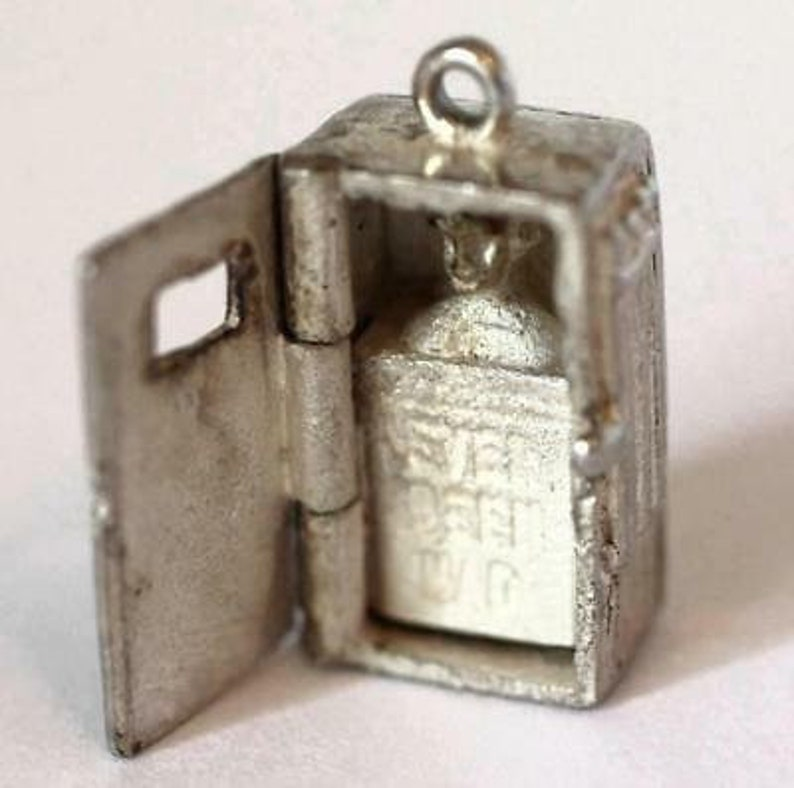 Rare Opening Ladies Shower Sterling Silver Vintage Bracelet Charm With Gift Box
