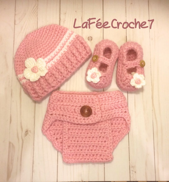6557bfa69d8 Ready to ship  outfit for baby crochet hat diaper cover and