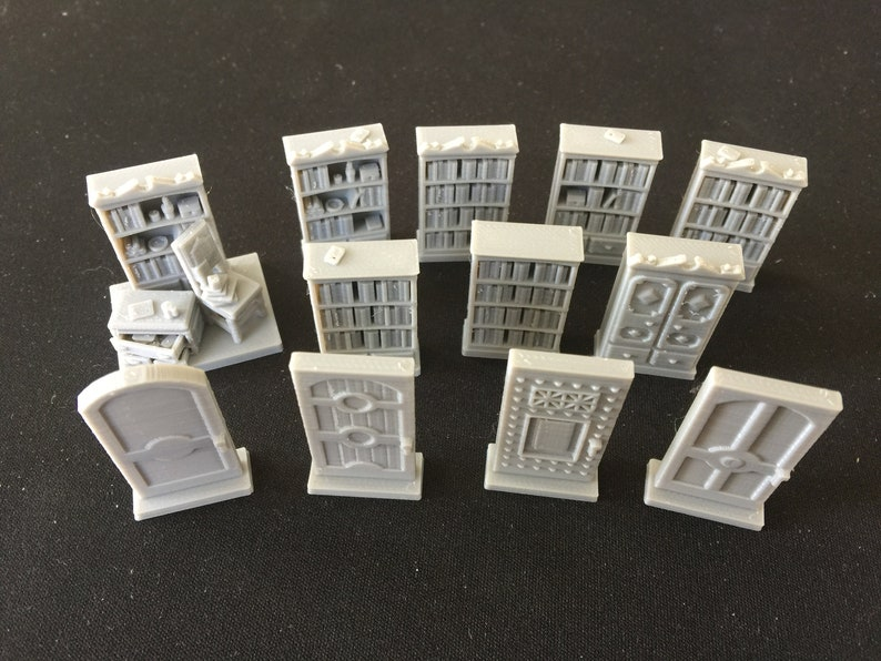 Mansions of Madness Furniture Econo-Pack 12 tokens image 0