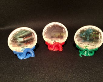 Eldritch Horror Gate Stands (set of 12 - 6 red/ 4 blue/ 2 green)