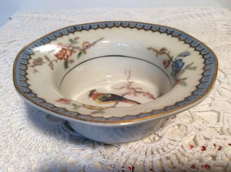 Vintage Theodore Haviland Chambord Birds Dish made in France at NeedlesandPinsShop
