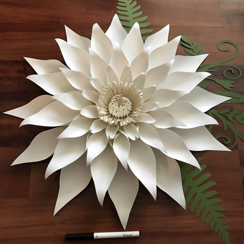 paper flowers -paper flowers- svg petal 89  dahlia  paper flower template