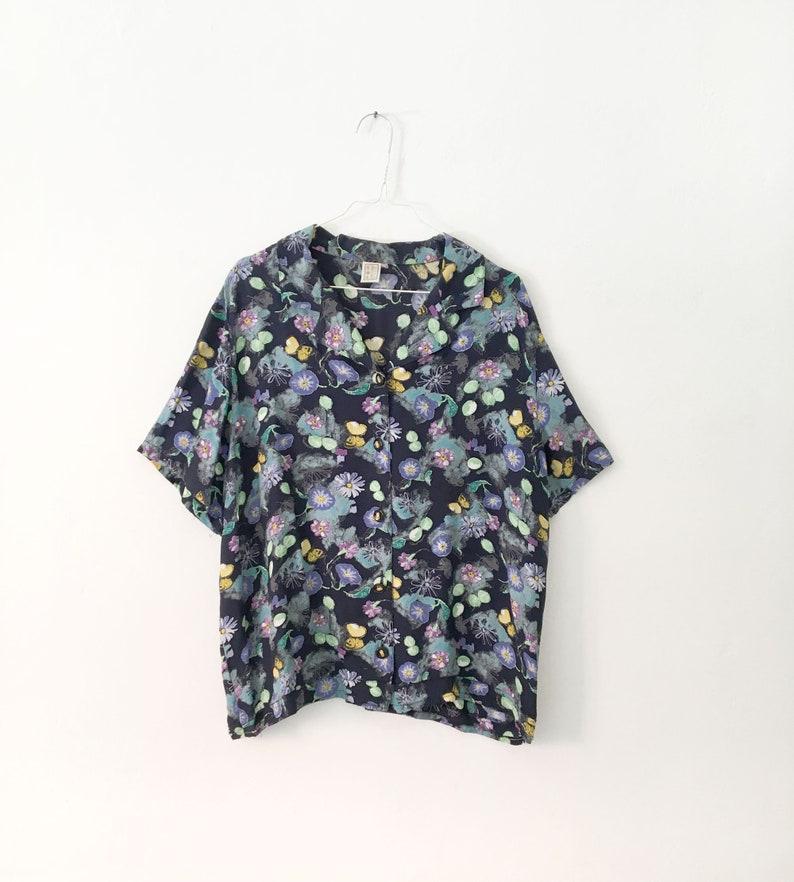 Floral vintage blouse \u2013 patterned short sleeves shirt  \u2013 vintage clothing \u2013 womenswear
