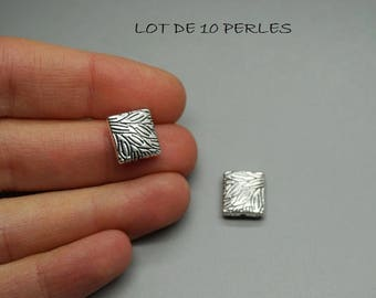 SET of 10 beads square striped 10mm (U44) silver leaf