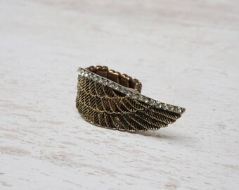 SET of 2 elastic bronze angel wing (W11) ring holder