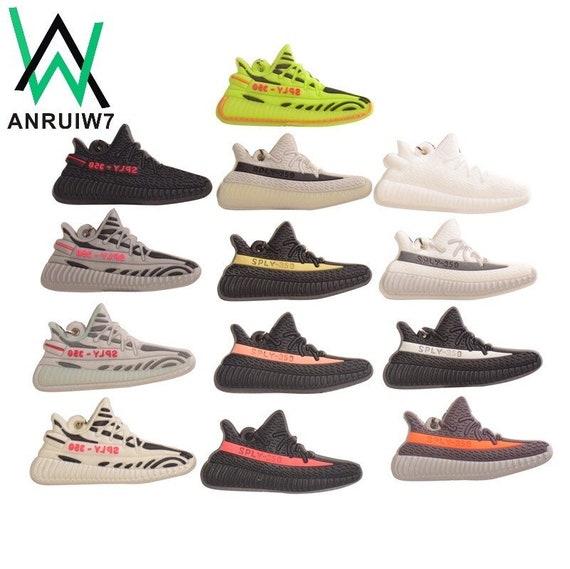 adidas yeezy stivali 350 size 8