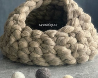 Cat Cave/Dog Cave/Cat House/Dog House/Cuddly Cave/Catcave/Dogcave/Catbed/Dogbed Merinowool Wool