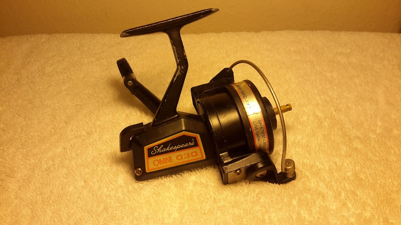 Antique Vintage Rare Omni 030 Spinning Reel By Shakespeare One of Their  Early Spin Fishing Reels For Parts or Rebuild it with Your Parts