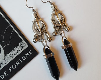 Onyx point boho earrings - Witchy, stones, talisman, tradgoth, crystals, alternative, gothic, romantic, Equinoxart