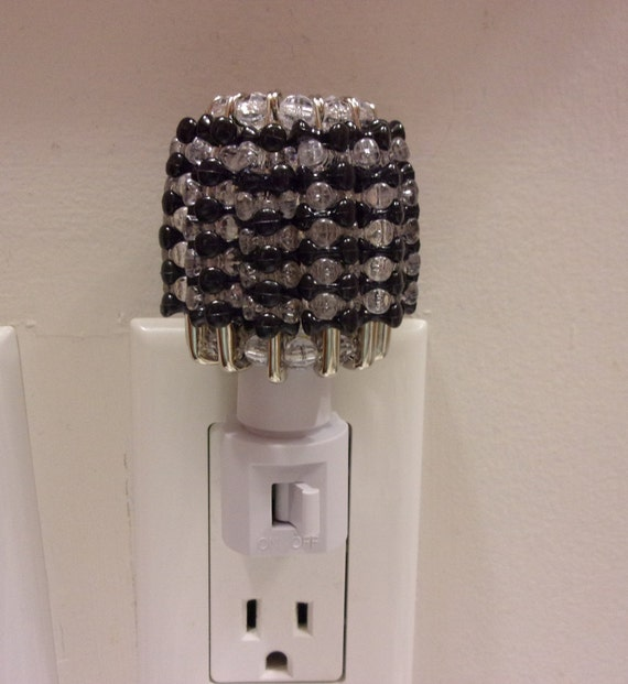 "Plug In Silver Safety Pins Night Light Black /""Handmade Shade/"" Black /& Clear"