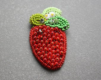 Bead Embroidered Strawberry; PIN, badge, brooch; Strawberry