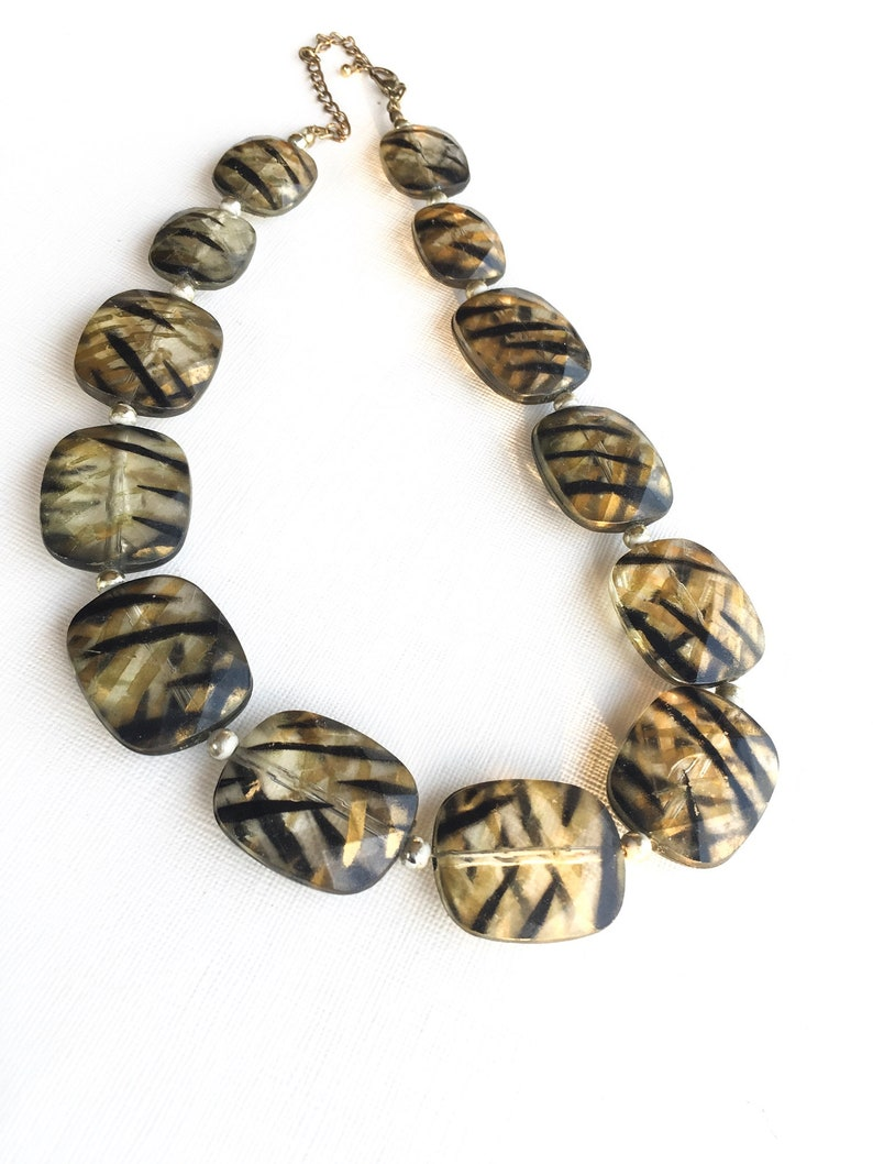 Vintage chunky Beaded necklace