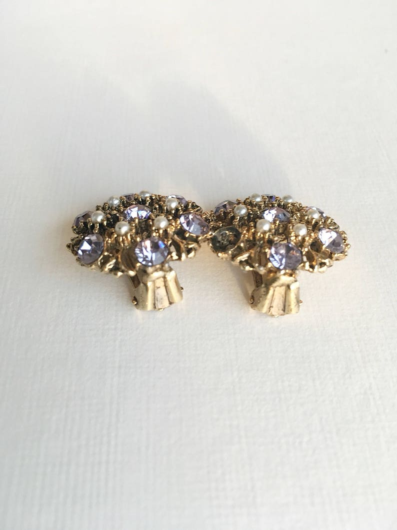 Vintage 1960s costume jewelry flower design lilac rhinestones Gold Tone clip on wedding bridal party earrings